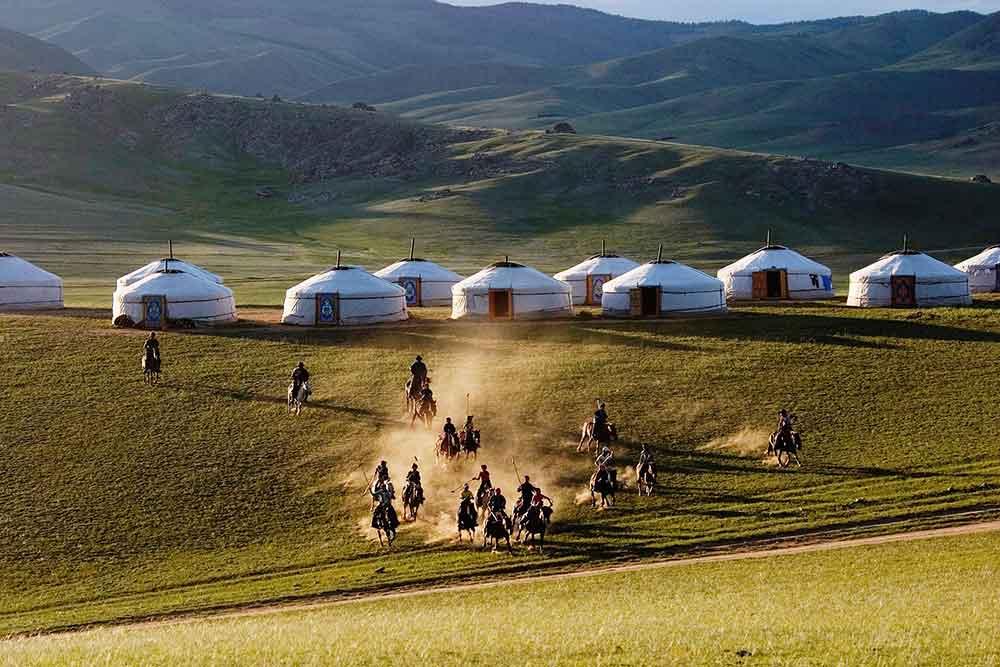 Du lịch Mông Cổ khám phá quê hương Thành Cát Tư Hãn nhà lãnh đạo vĩ đại nhất mọi thời đại